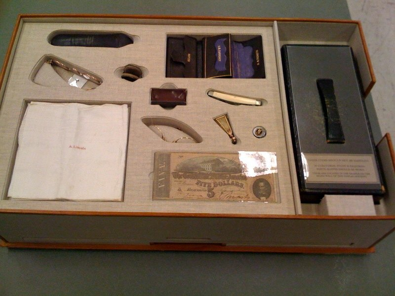abraham lincoln items in his pocket